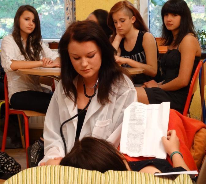 szkola uczy bawi 2014